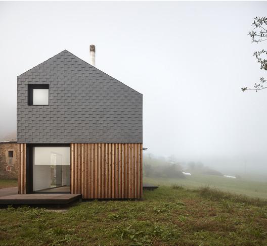 Montaña House / [baragaño]. Image © Mariela Apollonio