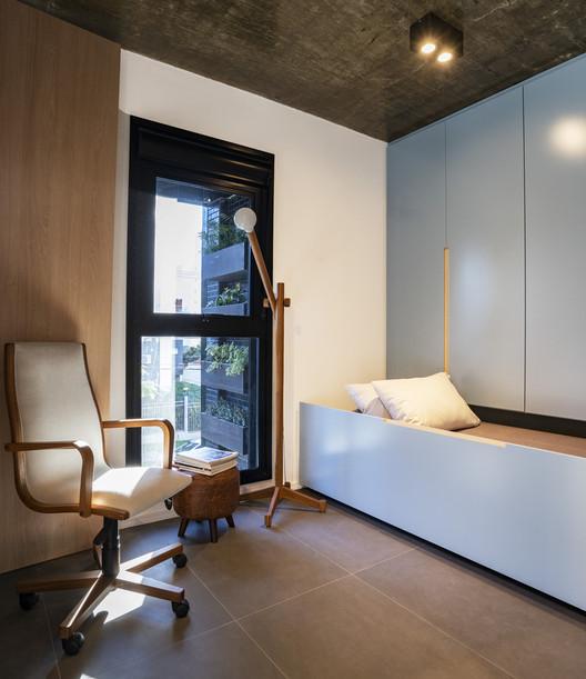 Apartamento EC / Oficina Conceito Arquitetura. Foto ©Roberta Gewehr