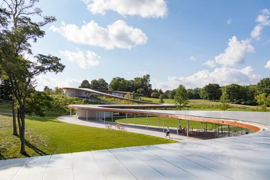 Grace Farm roof. Image © Sahar Coston-Hardy