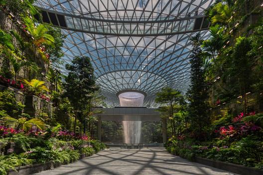 Jewel Changi Airport / Safdie Architects. Cortesia de Jewel Changi Airport
