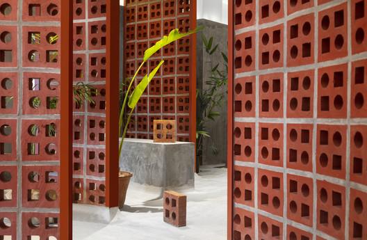 The TerraMater Store / RENESA Architecture Design Interiors Studio. Image © Niveditaa Gupta