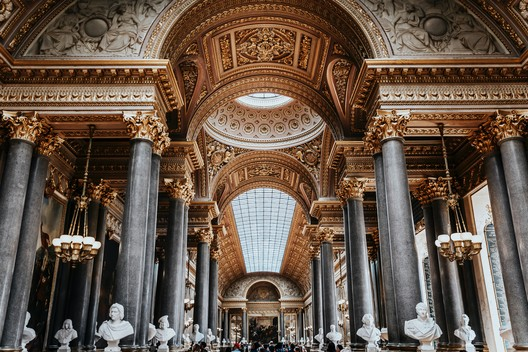 Versailles, France. Image © Photo by Vitor Pinto on Unsplash