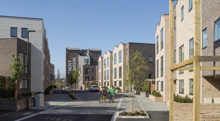 Cortesia de Trent Basin, Nottingham, UK. Blueprint Regeneration, Martine Hamilton Knight