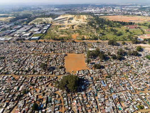 Abandoned Gold Mine, Johannesburg, South Africa. Image © Johnny Miller