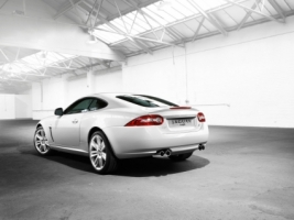 Learn all about the jaguar xk sports cars. Jaguar Car Xj Wallpaper Wallpapers For Free Download About 3 214 Wallpapers