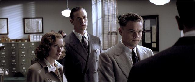 J. Edgar Hoover (Leonardo Di Caprio) en compagnie de sa garde rapprochée : sa fidèle assistante Helen Gandy (Naomi Watts) et son second Clyde Tolson (Armie Hammer)