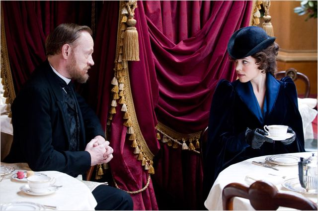 Moriarty et Irène Adler Sherlock Holmes