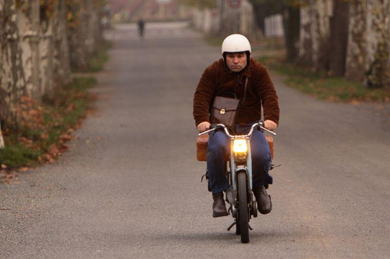 Pompon (Vincent Moscato) un jour de grand départ...