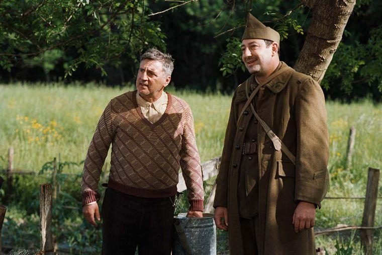 Pascal Amoretti (Daniel Auteuil), le puisatier, et Felipe (Kad Merad)