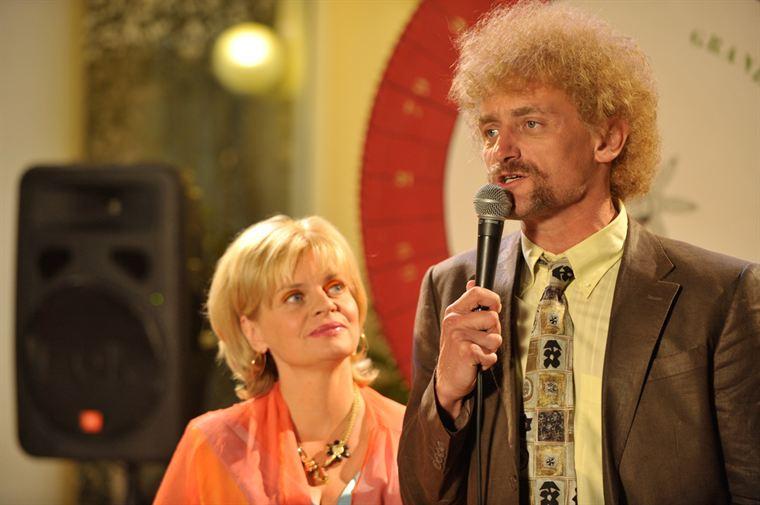 Cathy (Isabelle Nanty) et Jeff Tuche (Jean-Paul Rouve), un couple comblé par l'argent ?