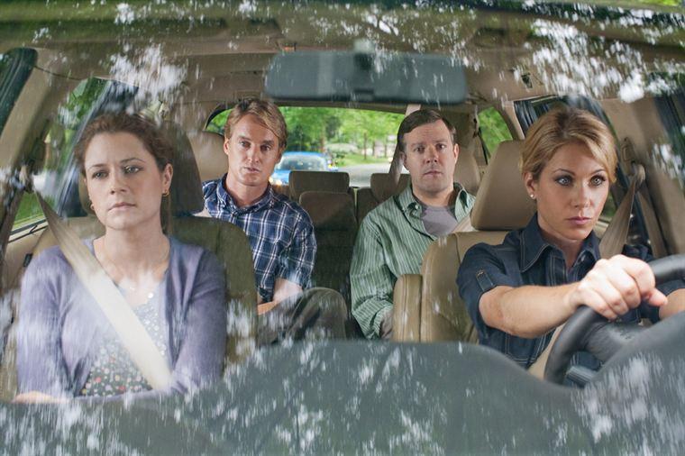 Rick (Owen Wilson) et Fred (Jason Sudeikis), deux hommes fidèles à leurs femmes Maggie (Jenna Fischer) et Grace (Christina Applegate), mais à l'esprit un peu volage