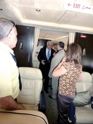 شاهد صور طائرة الرئيس ابو مازن من الداخل