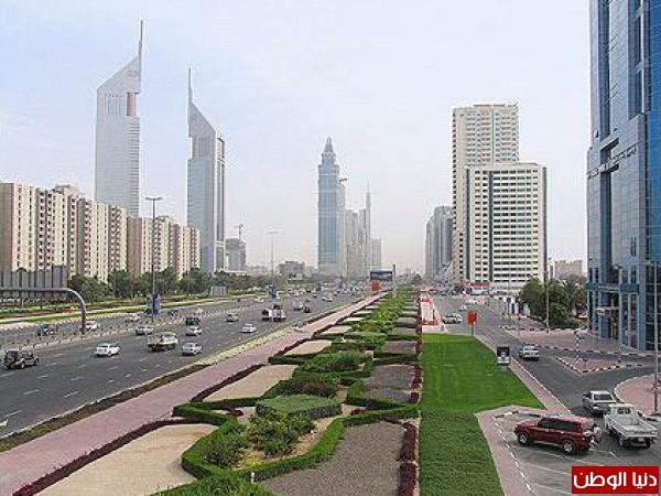 اليوم أنظار العالم كله نحو الإمارات وهي بين عيدين اليوم الوطني