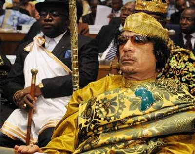 Bien vivante et Kadhafi a téléphoné au roi du Royaume de boules en Côte-d'Ivoire