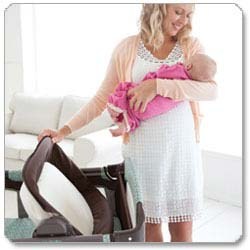 Graco Pack 'N Play® Playard with Reversible Napper & Changer™, Adaline Product Shot