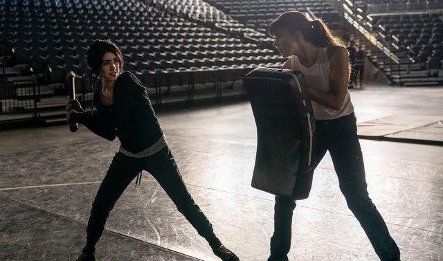 Who Is Huck (Annet Mahendru) on The Walking Dead: World Beyond? | AMC Talk  | AMC