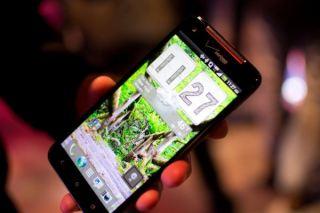 HTC Droid DNA : Retina Display Killer