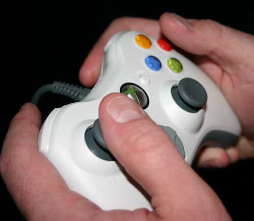 Xbox 360 The Controller E3 2005 Day 1 The Xbox 360