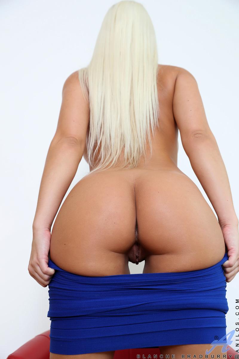 Anilos.com - Blanche Bradburry: Platinum Blonde