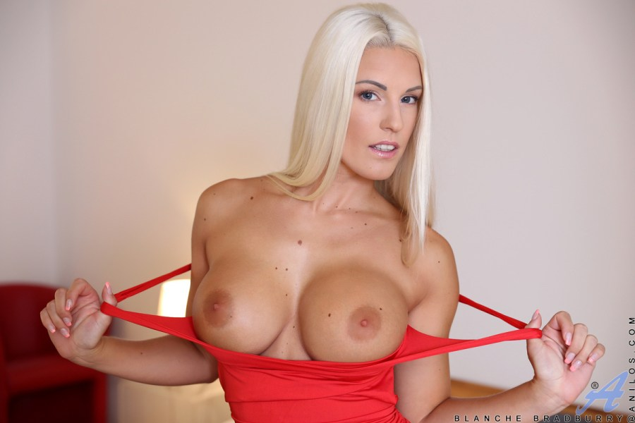 Anilos.com - Blanche Bradburry: Red Hot