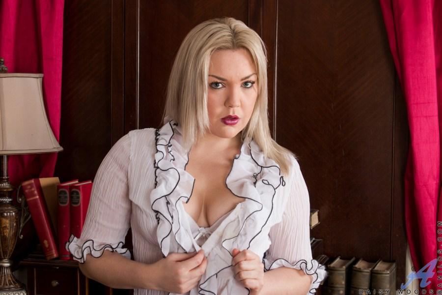 Anilos.com - Daisy Woods: Feeling Sexy