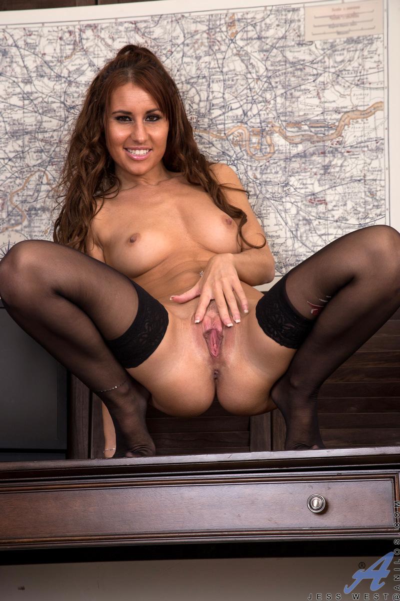 Anilos.com - Jess West: Hot Mama
