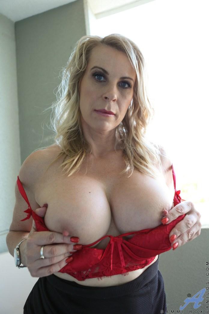 Anilos.com - Sammi Rox: Big Tits
