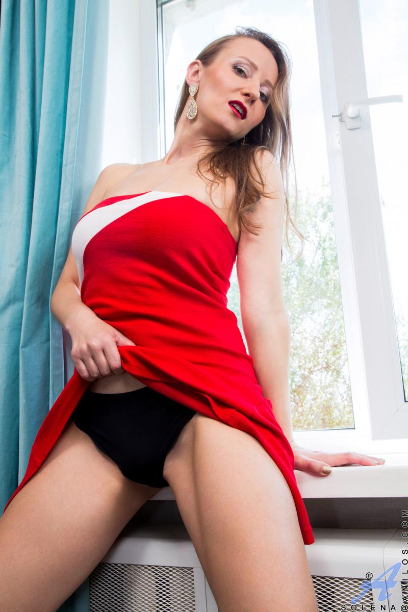Anilos.com - Solena: Orgasm