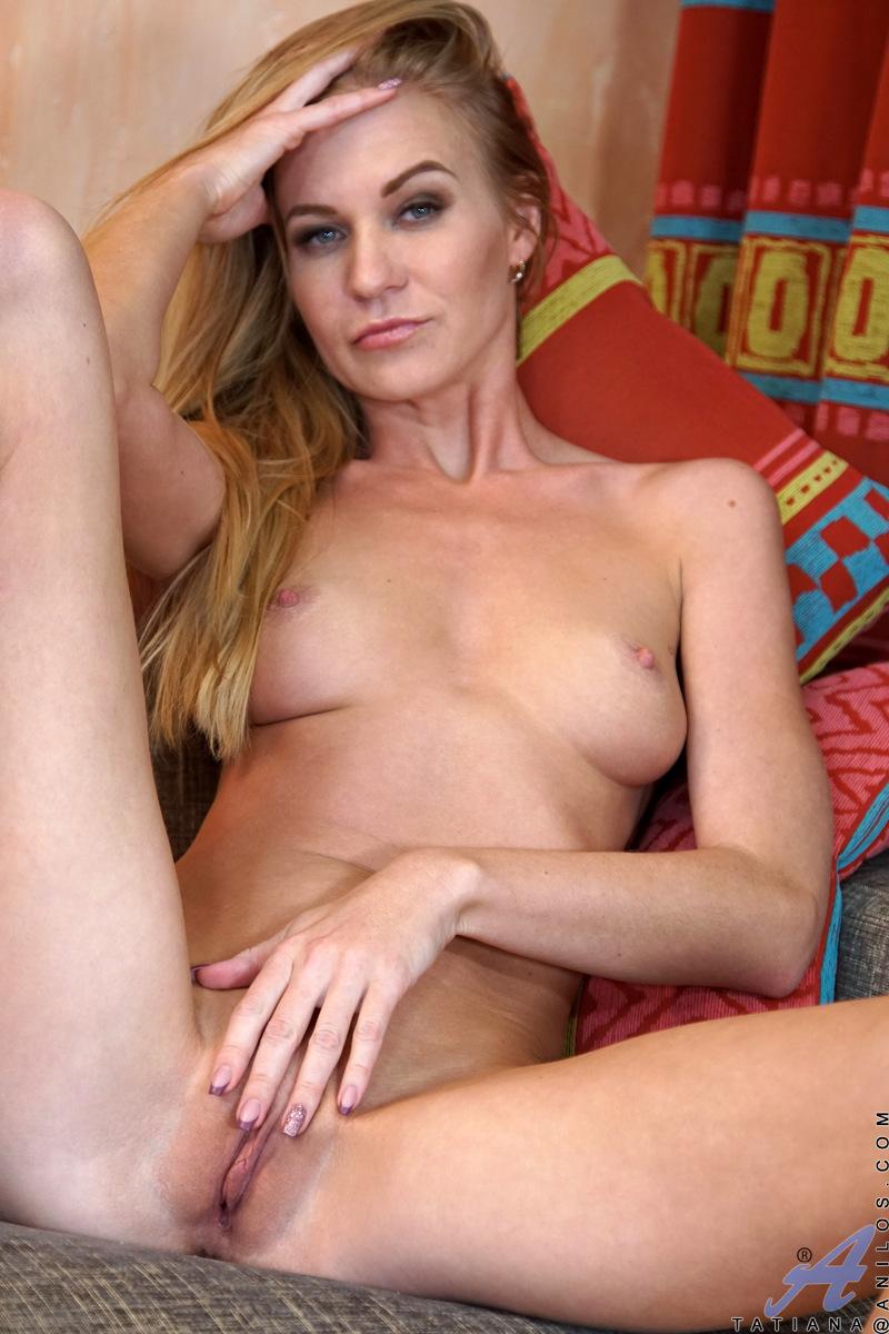 Anilos.com - Tatiana: Foxy Mature