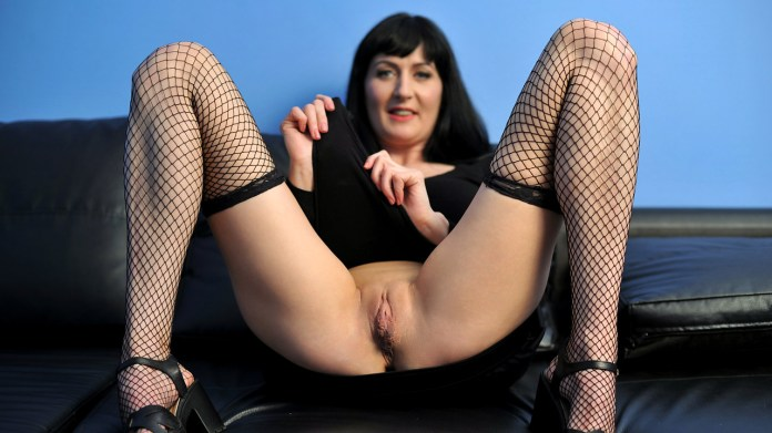 Anilos.com - Nimfa: Fishnet Stockings
