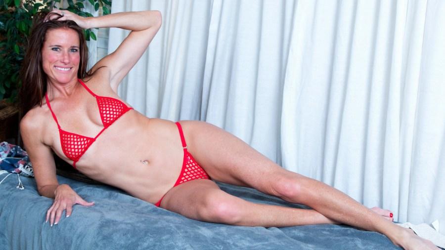 Anilos.com - Sofie Marie: Tight Body Milf