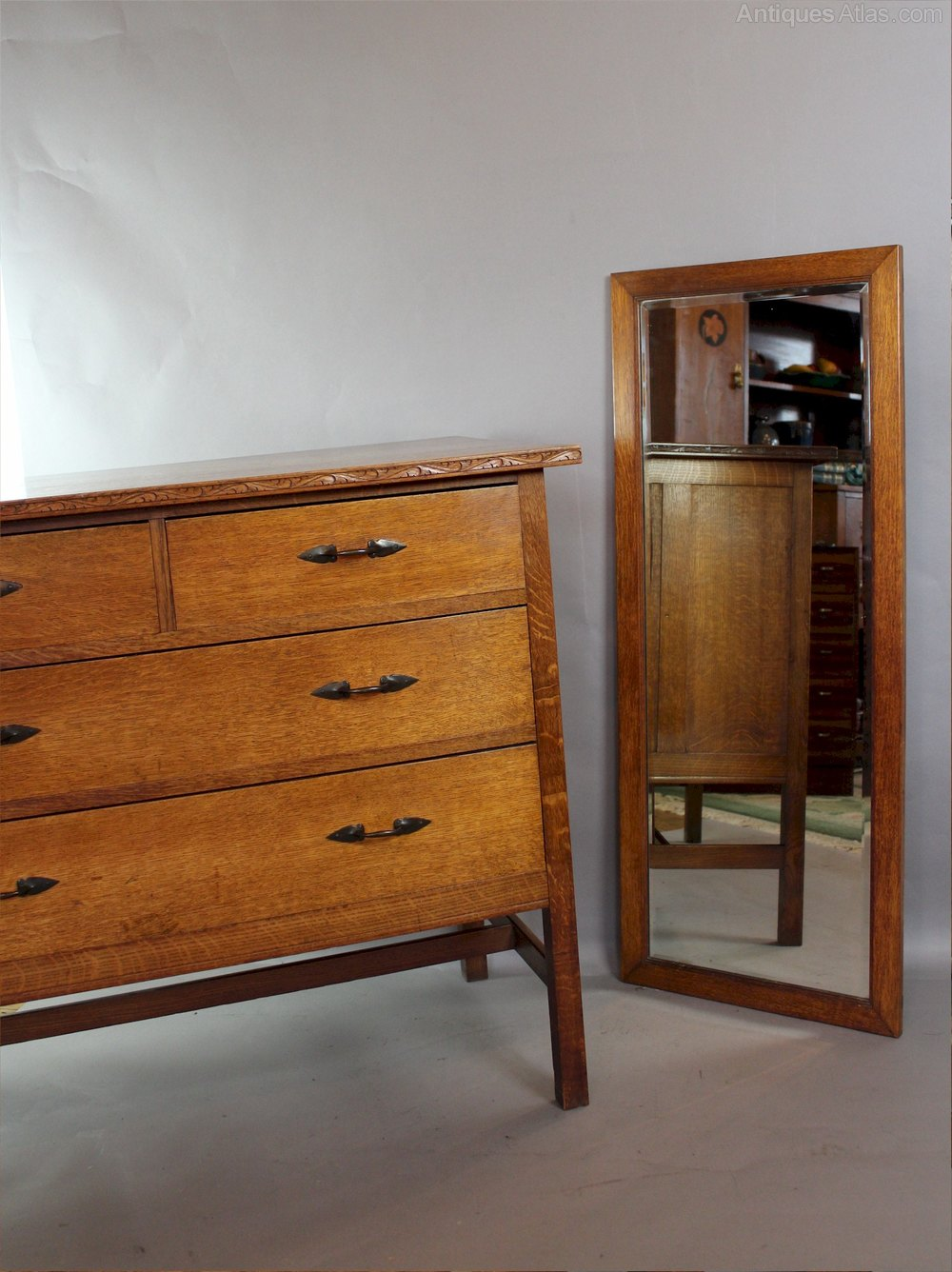 Arts And Crafts Bedroom Suite By Arthur Simpson Antiques