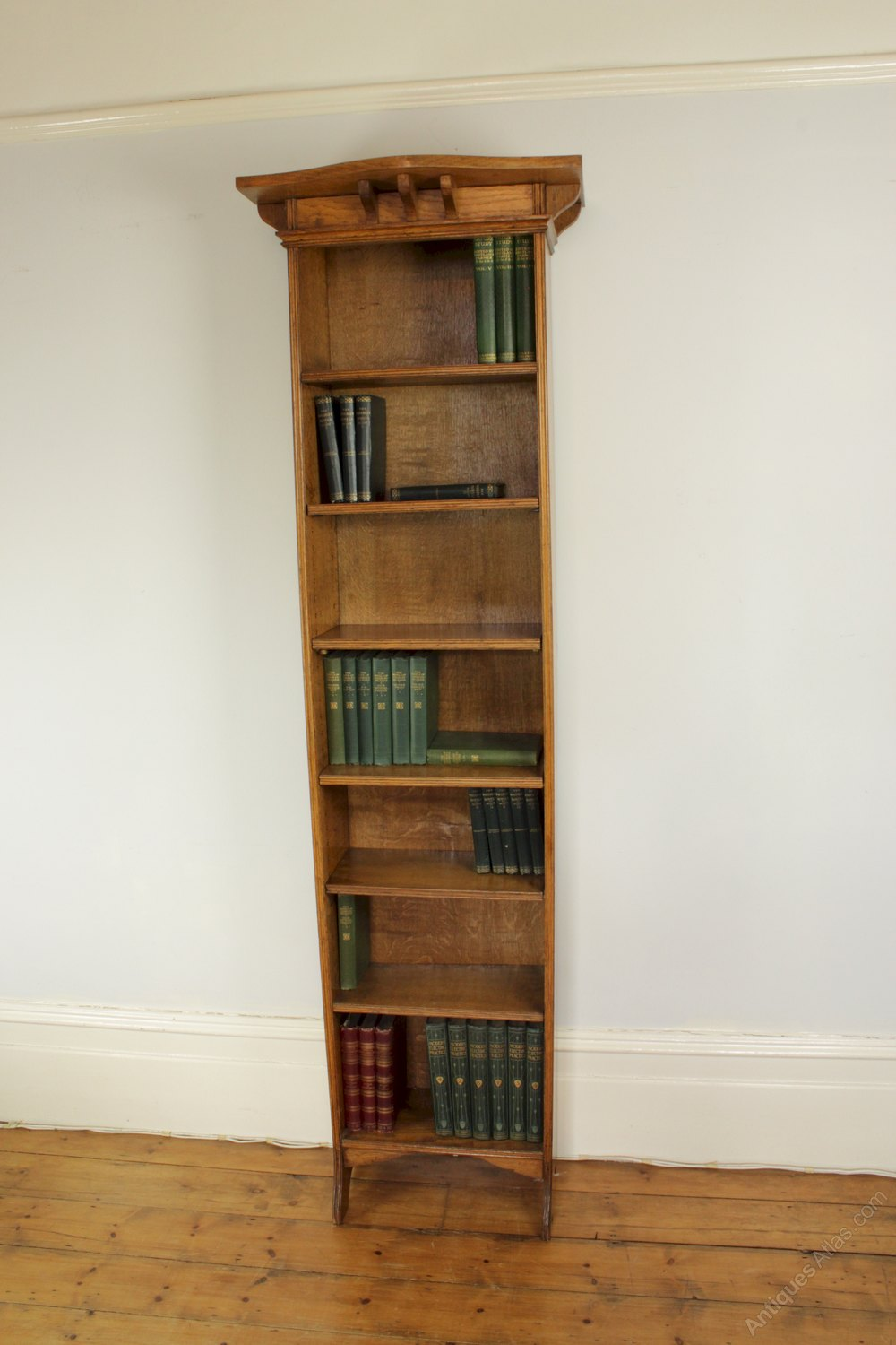 Tall And Wide Bookshelves