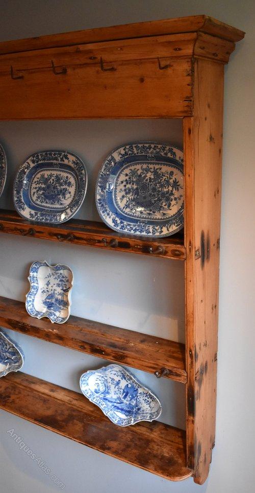 small fine delft or plate rack in pine