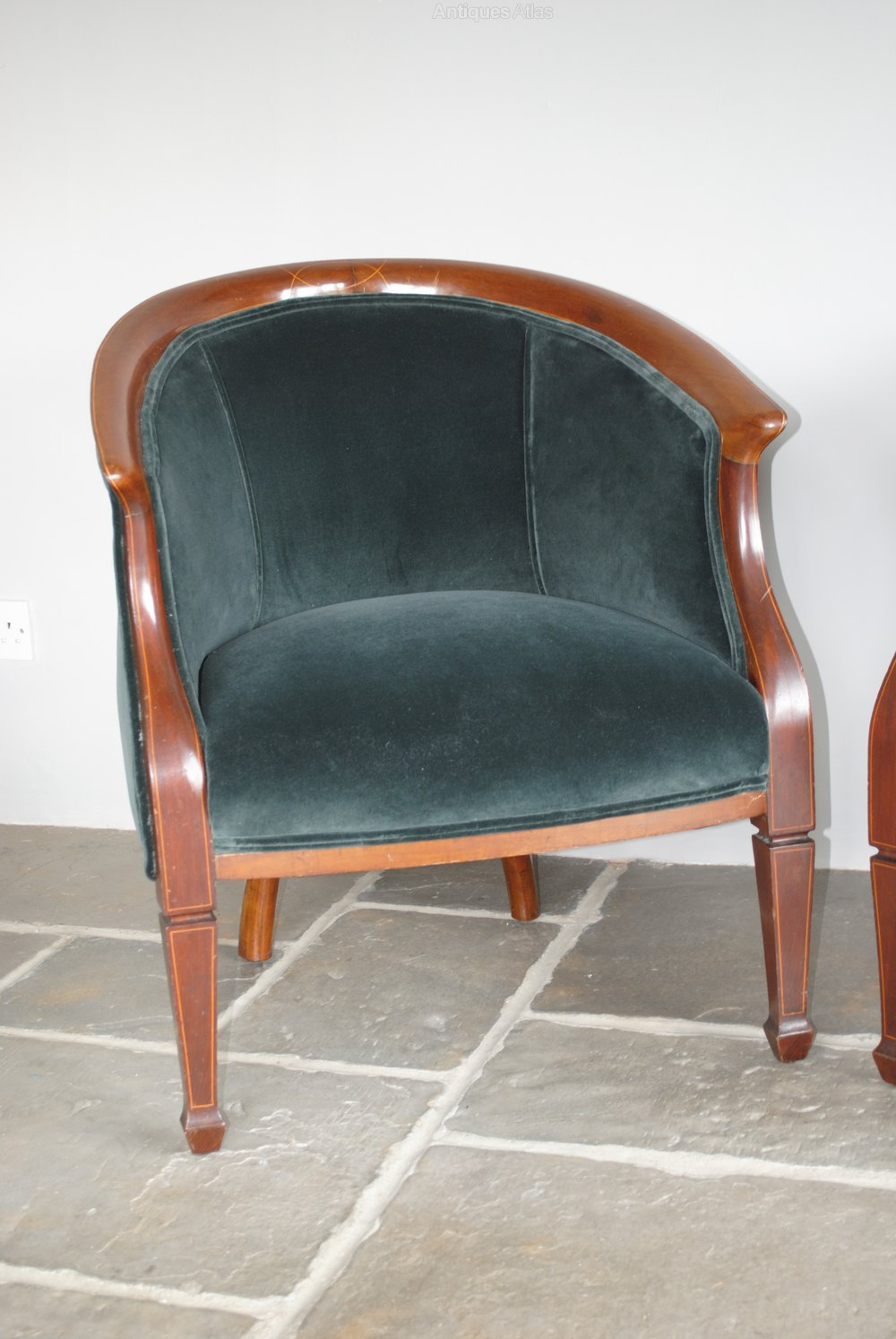 Armchairs And Occasional Chairs