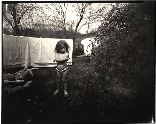 Sally Mann, HANGNAIL
