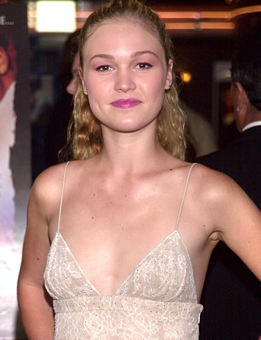 Julia Stiles Photos, Gossip, Bio & Review - AskMen