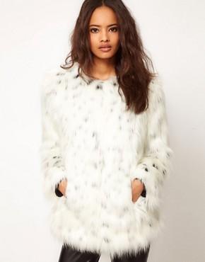 Imagen 1 de Abrigo de piel de leopardo de las nieves de ASOS
