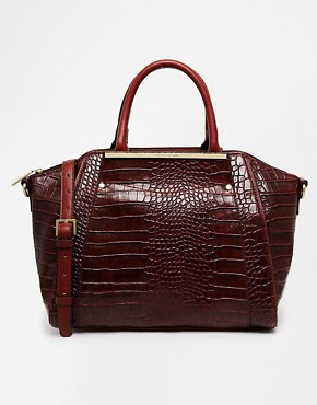 Fiorelli Codie Winged Style Handheld with Contrast Detail