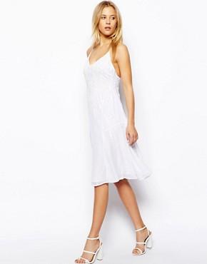 Best Dresses for Petite