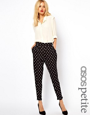 https://i1.wp.com/images.asos-media.com/inv/media/5/2/8/5/2705825/blackwhite/image1xl.jpg