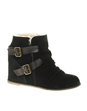 80%20 Dewey sheepskin lined Ankle Boots