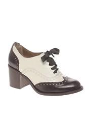 ASOS SHOWTIME Block Heel Lace Up Shoe
