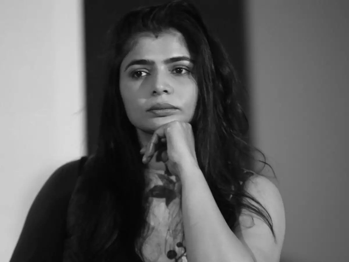 Singer Chinmayi Says She Gets Close To 1000 Messages Daily