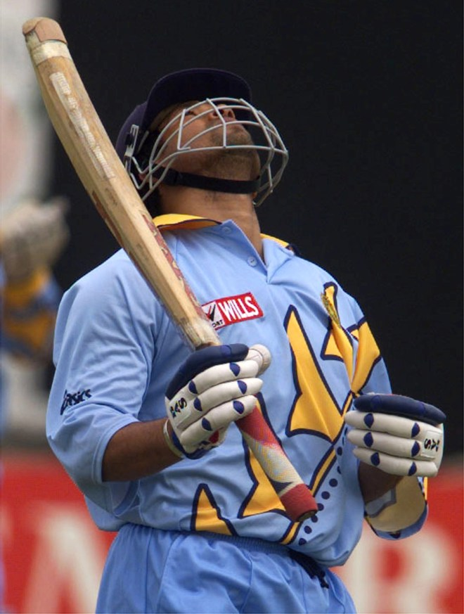 Sachin scores a century against Kenya in the 1999 World Cup, four days after his father's demise. (Photo: Reuters)