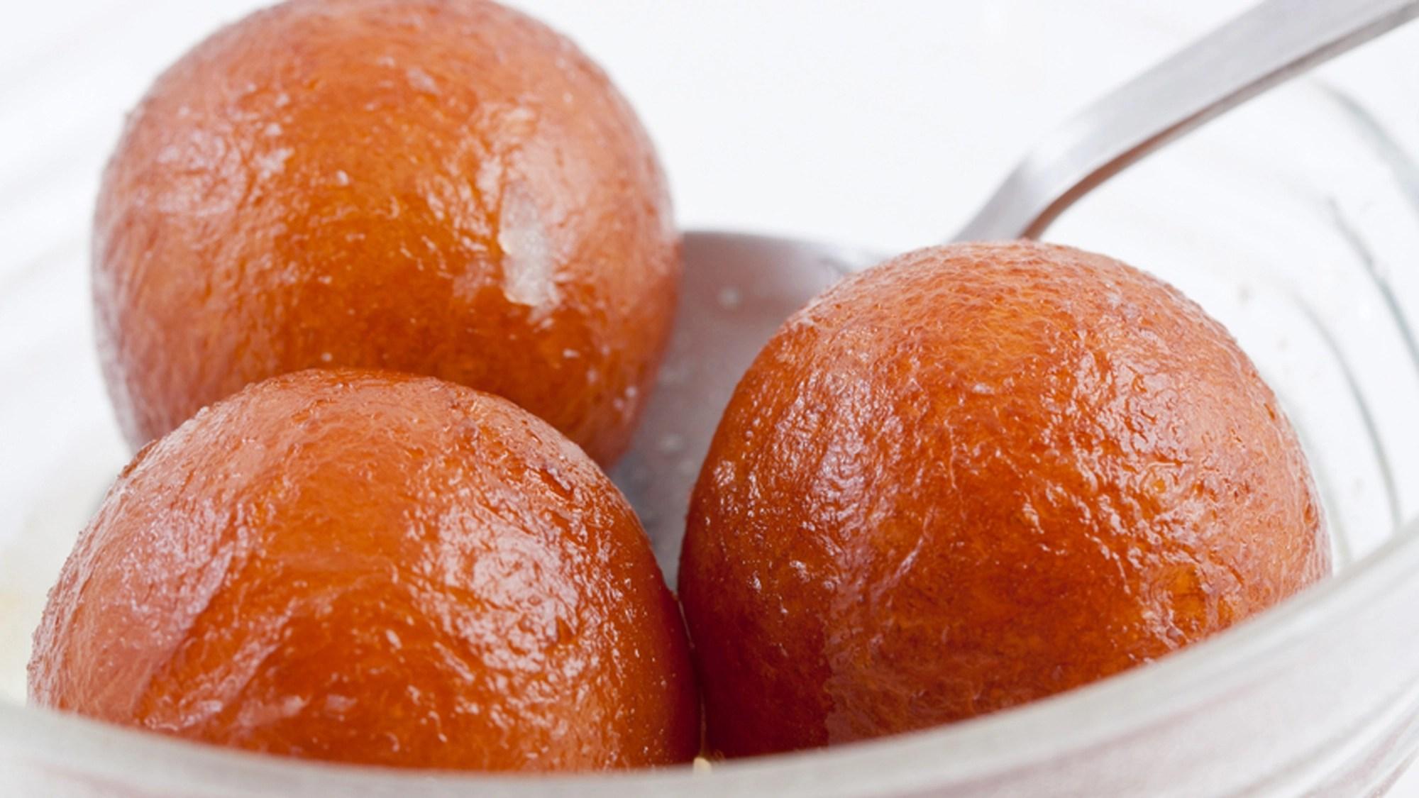 Festive Food Why Rasgullas Are Better Than Gulab Jamuns