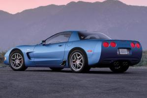 19972004 Chevrolet Corvette: What You Should Know Before
