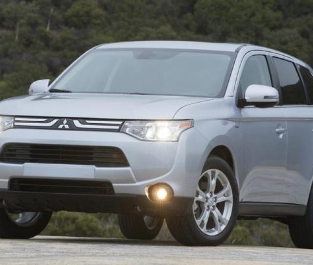 Top Fuel Efficient Suvs And Minivans With  Row Seating Featured Image Large Thumb