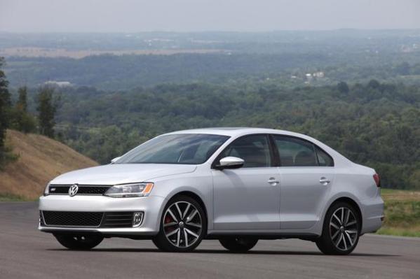2013 Volkswagen Jetta: New Car Review - Autotrader