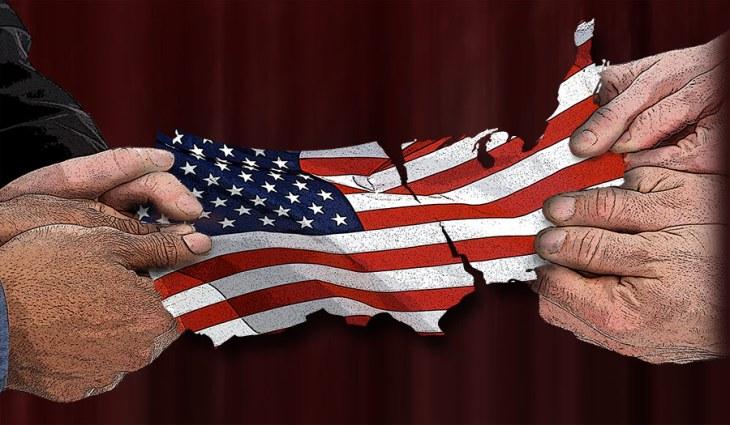USA Torn Apart Politically - Image Copyright AzureEdge.Net & Real Truth/Paula C. Rondeau
